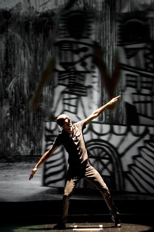 Hipermembrana 2007. Interactive performance. Dite scene. Author: Marcel·lí Antúnez Roca. Photo: Carles Rodriguez.