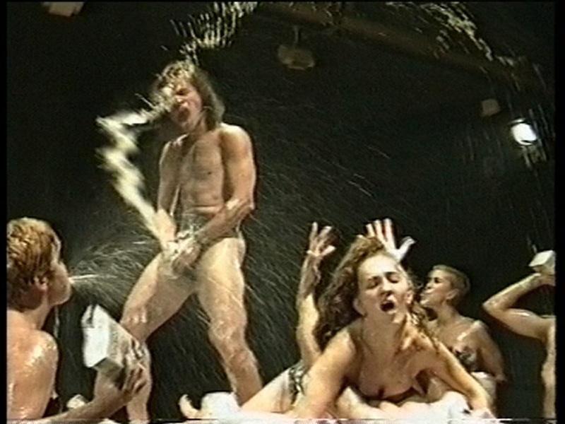 Satel·lits Obscens 2000. Documentary film. Author: Marcel·lí Antúnez Roca. Photo: Carles Rodriguez.