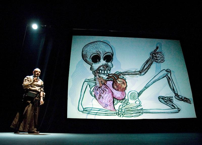 Protomembrana 2006. Interactive Performance. Involuntary interfaces scene. Author: Marcel·lí Antúnez Roca. Photo: Carles Rodriguez.