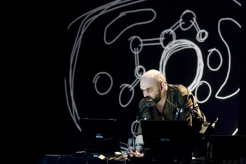 Hipermembrana 2007. Interactive performance. Eucariotica scene. Author: Marcel·lí Antúnez Roca. Photo: Carles Rodriguez.