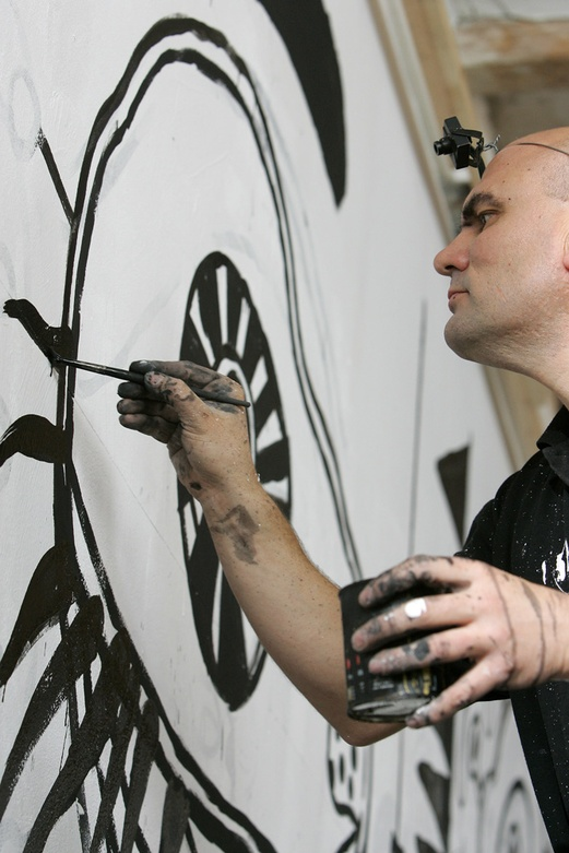 DIBUIXANT 2005. Documentary film. Face mural. Author: Marcel·lí Antúnez Roca. Photo: Carles Rodriguez.