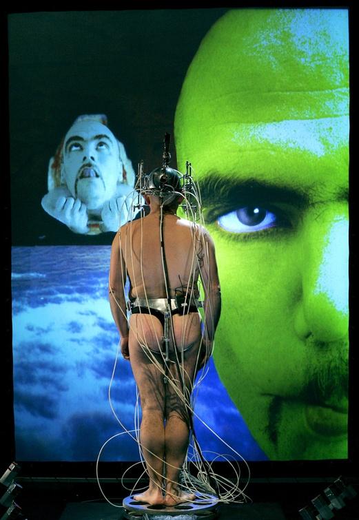 Epizoo 1994. Interactive Performance. Somni Scene. Author: Marcel·lí Antúnez Roca. Photo: Carles Rodriguez.