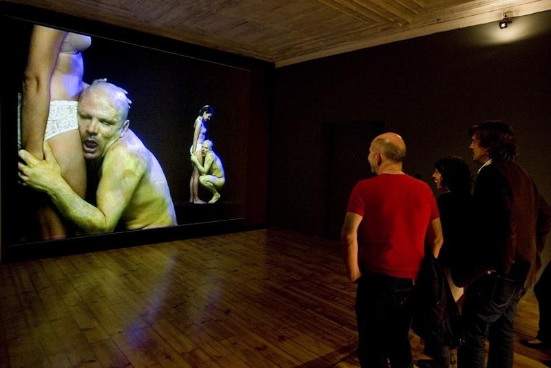 Hipnotoc Installation, 2008. ZDB Gallery, Lisboa. Author: Marcel·lí Antúnez Roca. Photo: Carles Rodriguez.