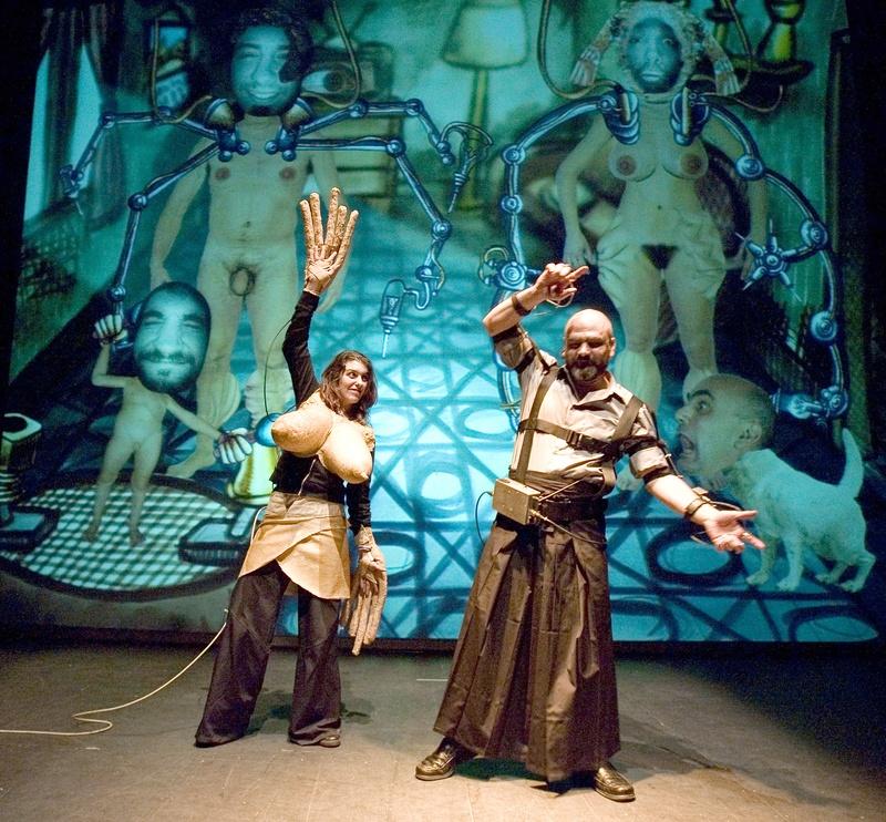 Protomembrana 2006. Interactive Performance. Diry Family scene. Author: Marcel·lí Antúnez Roca. Photo: Carles Rodriguez.